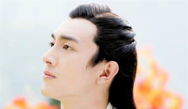 <b>演过赵云的4位演员,前三位只是模仿,他将人物角色合二为一!</b>