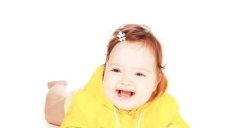 宝宝长牙有些什么表现?孩子开始长牙需要注意什么?