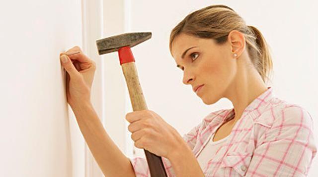 还在用钉子往墙上打孔吗?教你一妙招,美观又不伤墙壁