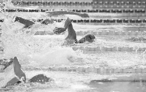蚌埠13岁游泳小将成绩达到国家一级运动员水