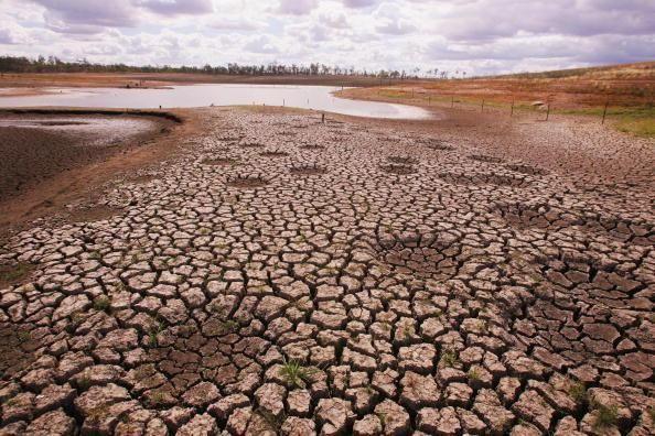澳大利亚卡恩迪拉湖干涸,乃四大湖之一,被当地图片大全情趣真人实战娃娃图片