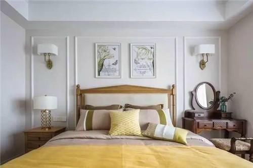 参观完闺蜜的婚房,石膏线装饰背景墙省钱又美观,超羡慕!