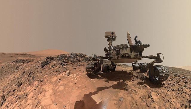 """火星上空发现老鹰在飞?NASA好奇号拍到不明""""火星生物"""""""
