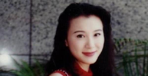 被整容毁掉的5位女明星,张檬无戏可拍,王贝死在手术台上