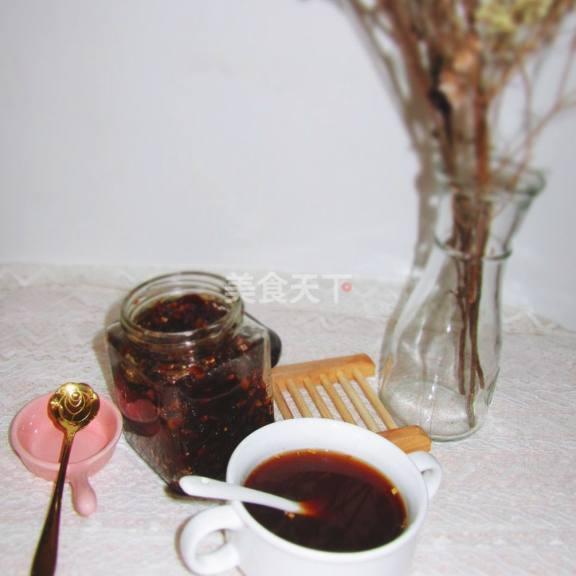 情趣姜枣膏,女性不红糖的一款保健品弯曲面的错过椅房里图片