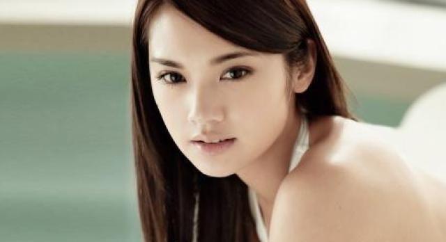 李荣浩刚求婚成功,杨丞琳就被爆怀孕,本尊实力辟谣!