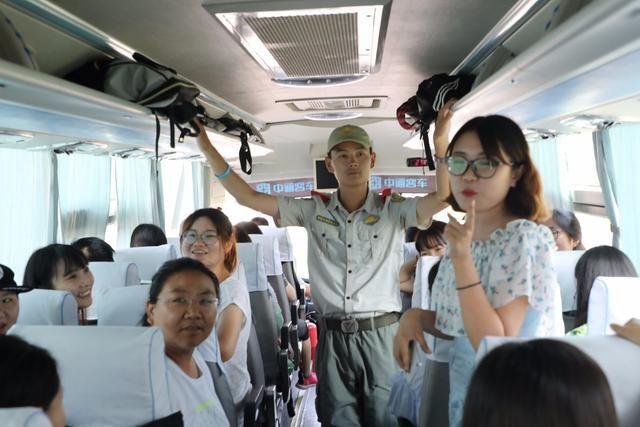 进力量潍坊广文中学、文华学校举行青年教师暑