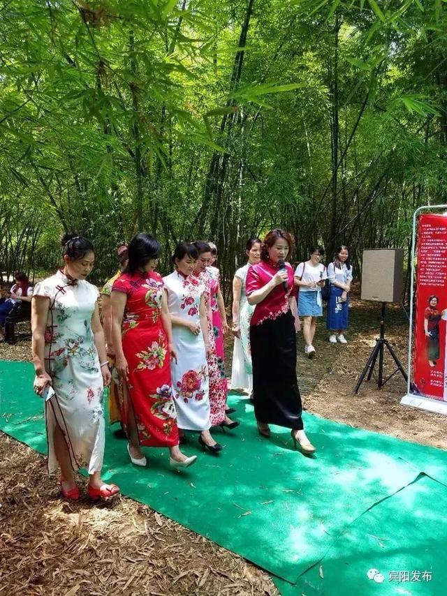 中央和国家机关女干部职工风采展示活动举行
