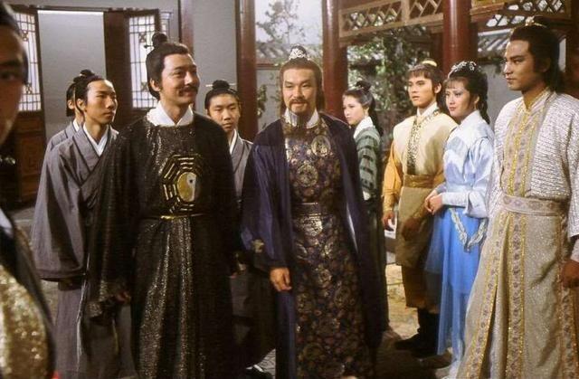 神雕侠侣这个配角让杨过羞愧,救了数百万人难怪张纪中抢着演!