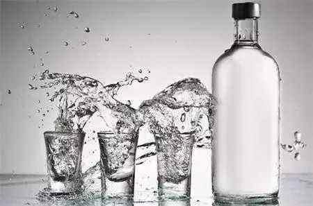 喝了这么多年的白酒中国白酒的分类你真知道吗?