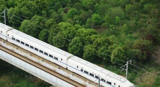江西即将诞生新高铁干线,设计时速350,连接广州的致富路