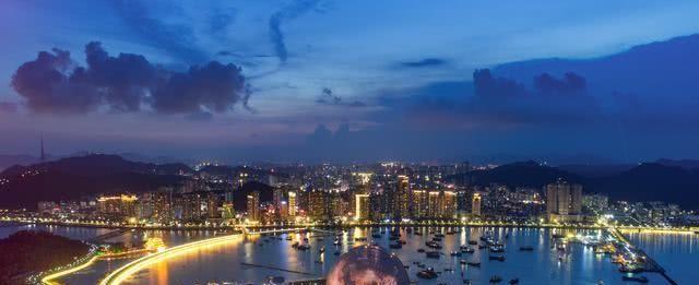 深圳出发2小时,这座城市私藏绝美海岸和超好玩的海洋游乐园