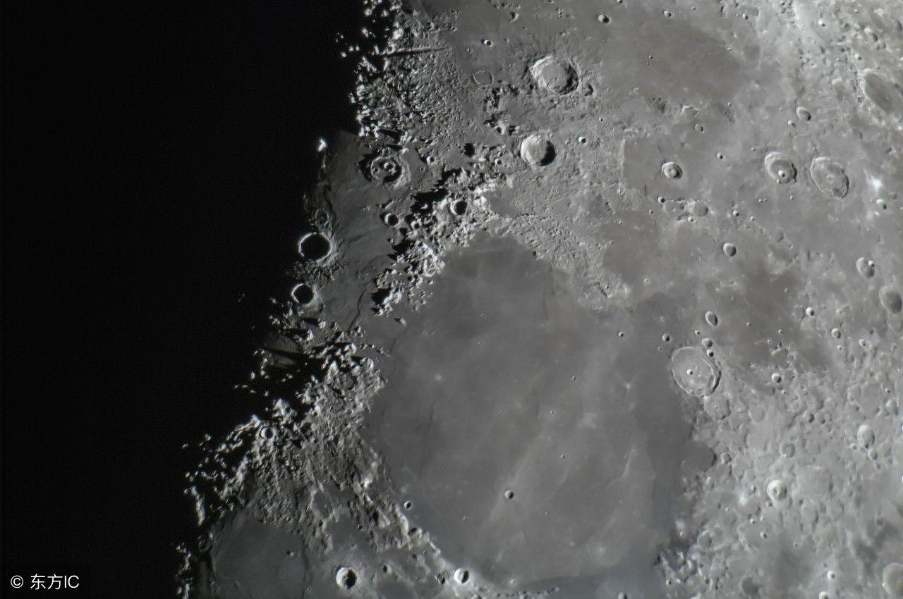 一组月球表面照片,超清晰的细节表现