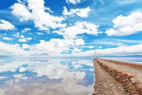 """被称为中国的""""天空之境"""",只因它是天地间一片纯净的白与蓝."""