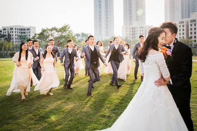 香港马会资料小鱼儿:摄影那些事儿婚礼跟拍应该注意哪些细节?