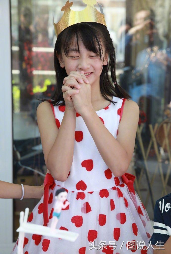 4月15日,是田亮和叶一茜女儿森碟10岁的生日.图片