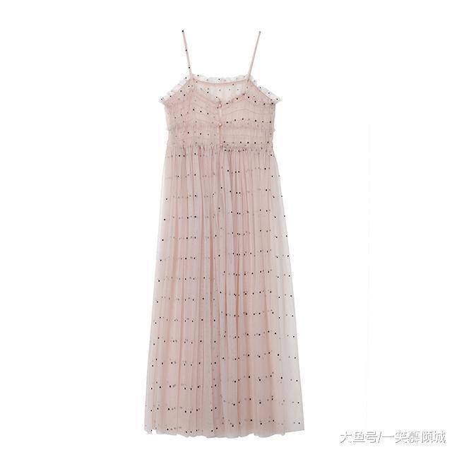 演绎夏天穿的连衣裙,号码里最动人的适合情趣用品商微免费;&39#夏日图片