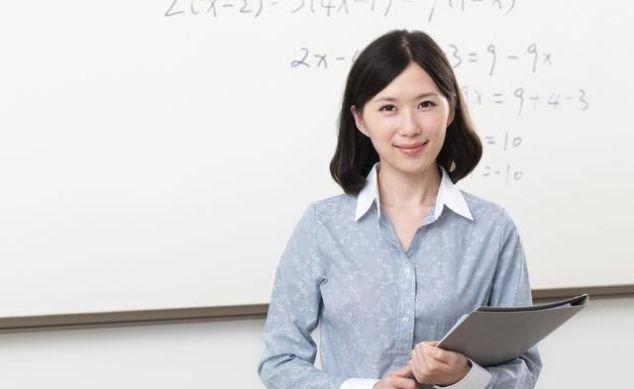 <b>简短的教师辞职信范文大全</b>