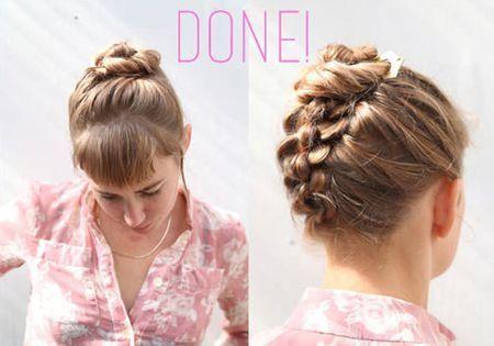 时尚 正文  第六步:将发辫盘成精巧的丸子发髻,使小发夹做固定,平齐的