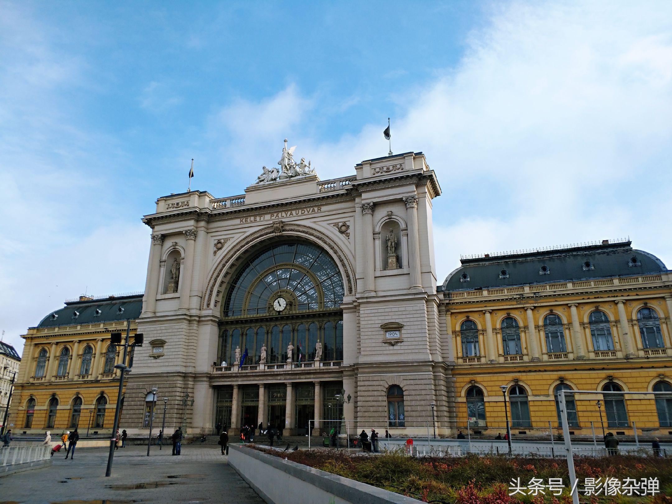 在欧洲坐着火车跨国v乘客,火车站无安检,乘客攻略兽王h图片