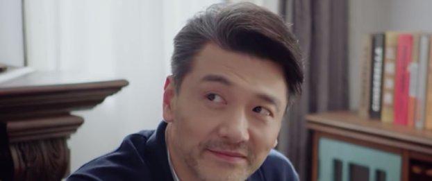 亲爱的:有谁注意佟年看郑辉的眼神?女生要富养的重要性