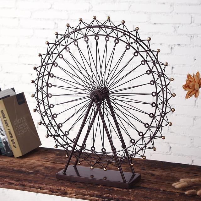 欧式复古摩天轮造型,精美十足的做工,金属的材质,质感十足,最适合做家