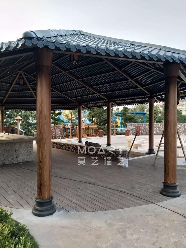 浙江金华婺城区巨龙旅游度假村温泉区钢结构凉亭仿木纹漆