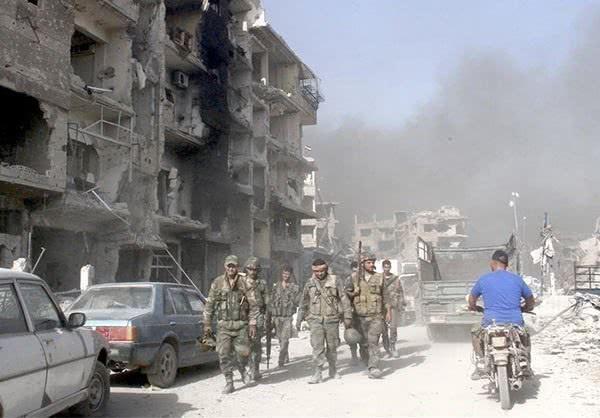 不过耶尔穆克难民营被反政府武装和极端组织占据后,这里就经常发生