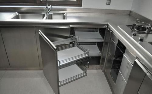 老公不听劝,厨房非要装这种橱柜,入住后才知道效果这么赞!-家居窝