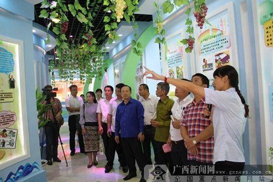 老挝检察代表团考察钦州市青少年法制教育基地