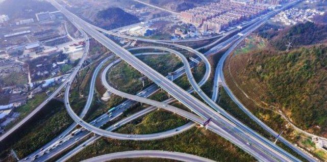 中国第1条不限速公路,即将开通了,将彻底解决收费站拥堵问题