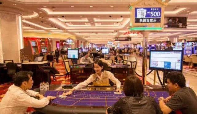 这个赌城,一年能挣两千亿比瑞士还富裕,大学也开展这个专业