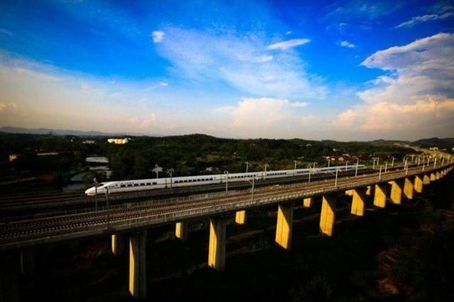 攻略提速、直达广西、刺客国际降价…大理人的完美部分2列车新技能打架动车图片