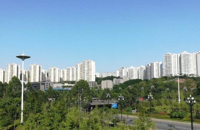 """重庆湖南建百亿高铁,长沙到重庆只需3小时,沿途市县将""""迎春"""""""