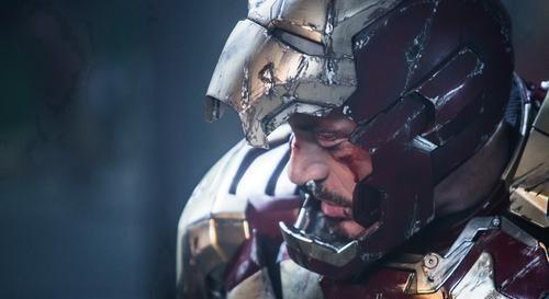 美队是罗杰斯, 钢铁侠叫托尼, 却没人知道蜘蛛侠是谁, 为什么呢?