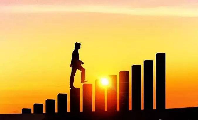 趋势!机构改革和新公务员法实施后,公务员将更