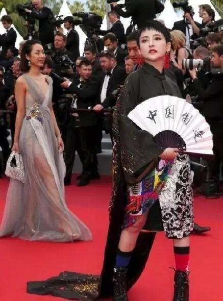 """中国汉服汉文化网:汉服亮相2019年法国戛纳电影节,""""毯星""""汗颜,风光难在!!"""