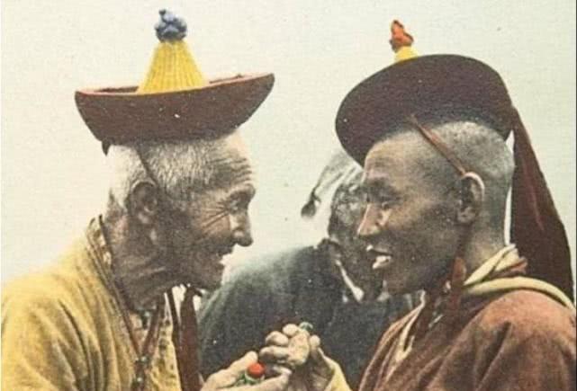<b>罕见老照片再现解放前的西藏:图3女子长相漂亮,图5神似王宝强</b>