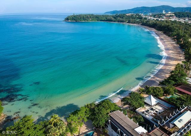 建议游玩时间:5-7天 签证难度:易,落地签 普吉岛是泰国最出名的一个
