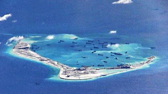 南海岛礁新建设施占地达29万平方米,包括地下储存区域,行政建筑和大型