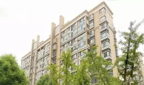 江阴一市民遭遇无良房屋卖家要给钱才肯把户口迁走
