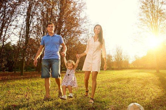 一切亲子互动和引导都是早教 爸妈动起来吧