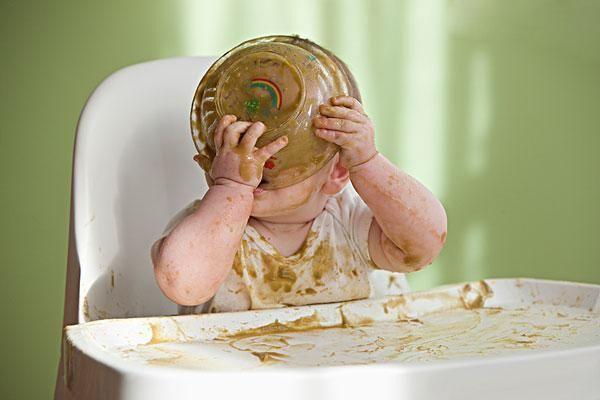 8个月的宝宝辅食吃什么好 牛肉和核桃是不错的选择