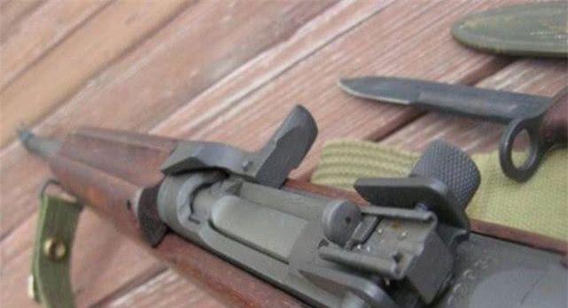"""""""M4卡宾枪""""威力较小,为什么美军特种部队还装备着这种武器?"""