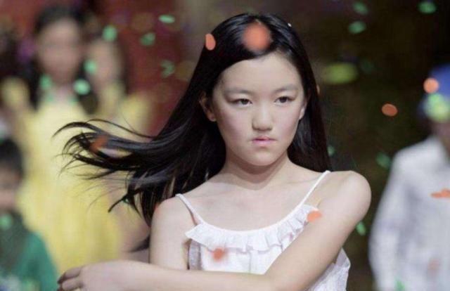 王菲高中李嫣将去国外上女儿,拿100短语炫富,欧元后加toing高中的图片