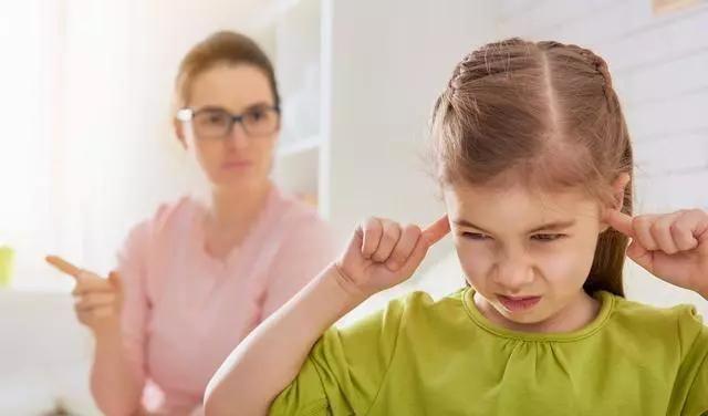 智取油盐不进打骂不听的倔孩子:这三点帮孩子度过叛逆期