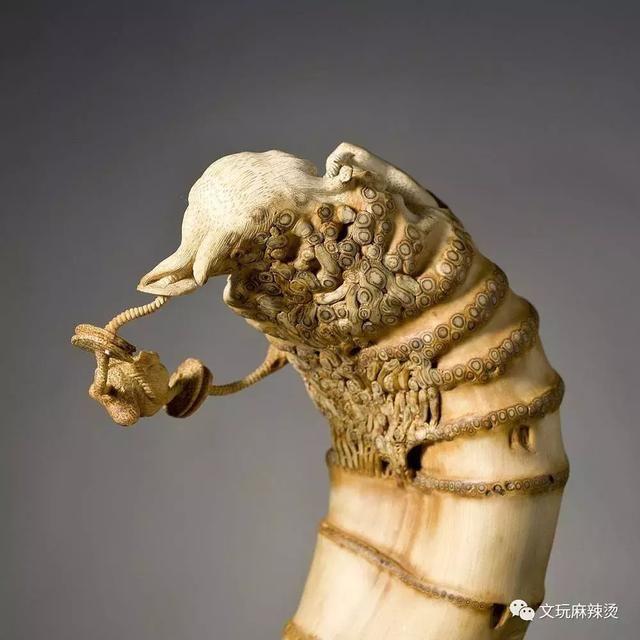 竹根雕作品刘海戏金蟾