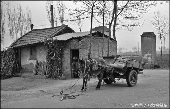 80年代农村老照片 第4都玩过 第8只有土豪才有 第十现在还在流行