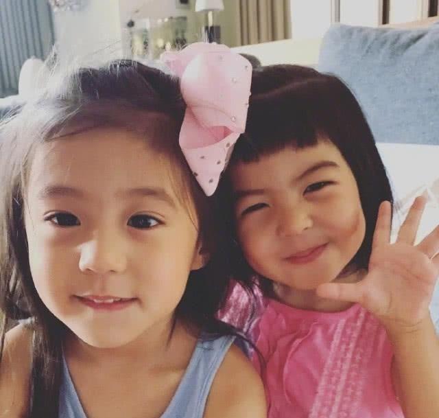 贾静雯与大女儿去度假,梧桐妹晒照日本玩得开心,修杰楷留家带娃