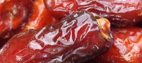 """<b>这种水果叫""""沙漠面包""""!有没有吃过的?</b>"""
